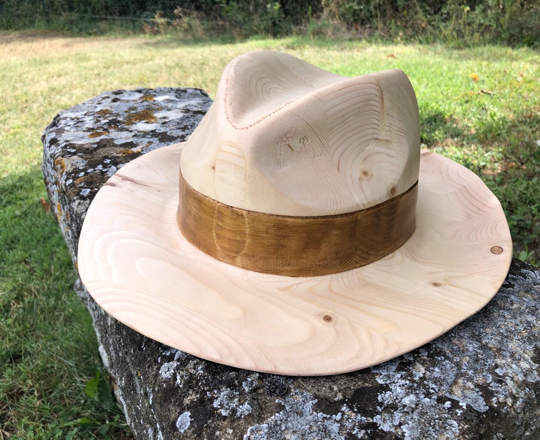 Mirèo - Chapeau canotier bois échelle 1:1